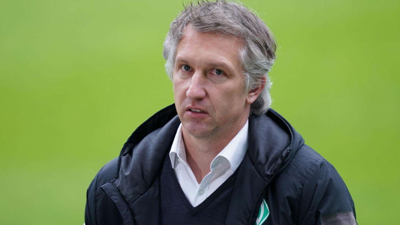 Viele Spieler sollengehen, aber von einem Verkaufsrausch ist beim SV Werder Bremen noch nichts zu spüren