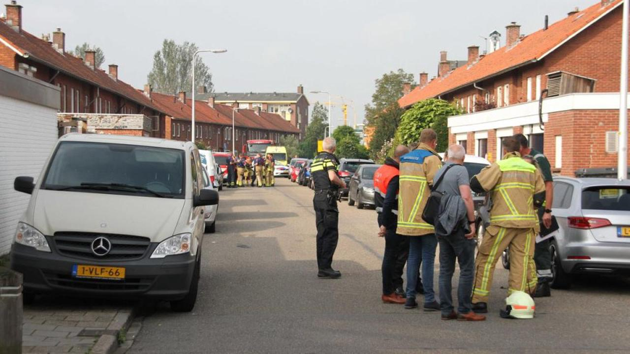Holland: Mann schießt mit Armbrust von Balkon – in seiner Wohnung findet die Polizei zwei Tote