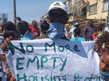 Can the Government Build Better Houses for the Citizens as Cape Town Residents are not Happy-OPINION