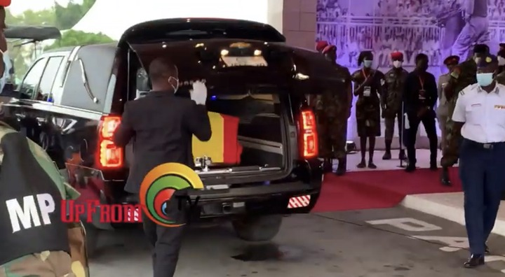 a5c63d96093643e99d971adf2bc812b0?quality=uhq&resize=720 - Sad Moment: How Body Of The Late Papa J Got Departed In A Long Convoy From The AICC, Awaiting Burial