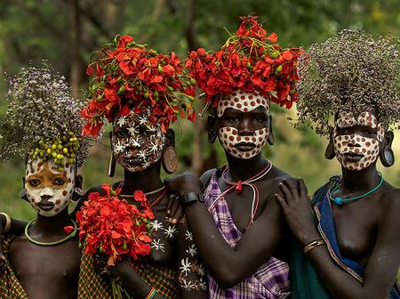 Meet The African Tribe Where The People Drink Animal Blood And The Women Wear Lip Plates