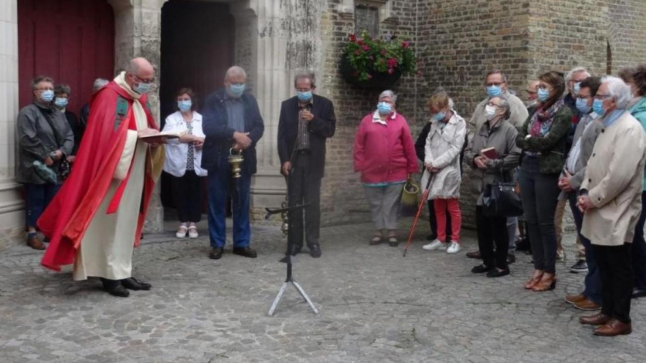 Le chœur de l'église de Watten a retrouvé sa croix