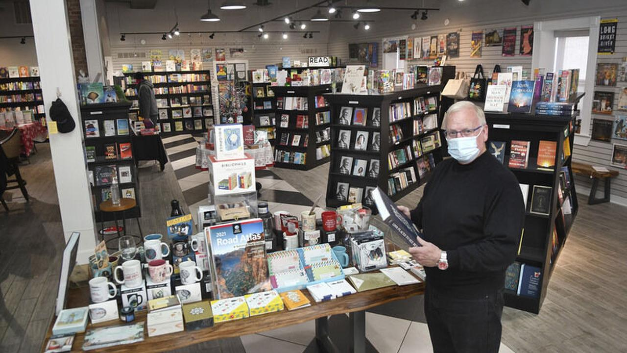 Taking a chance -- Independent bookstore thrives in small-town Lewisburg