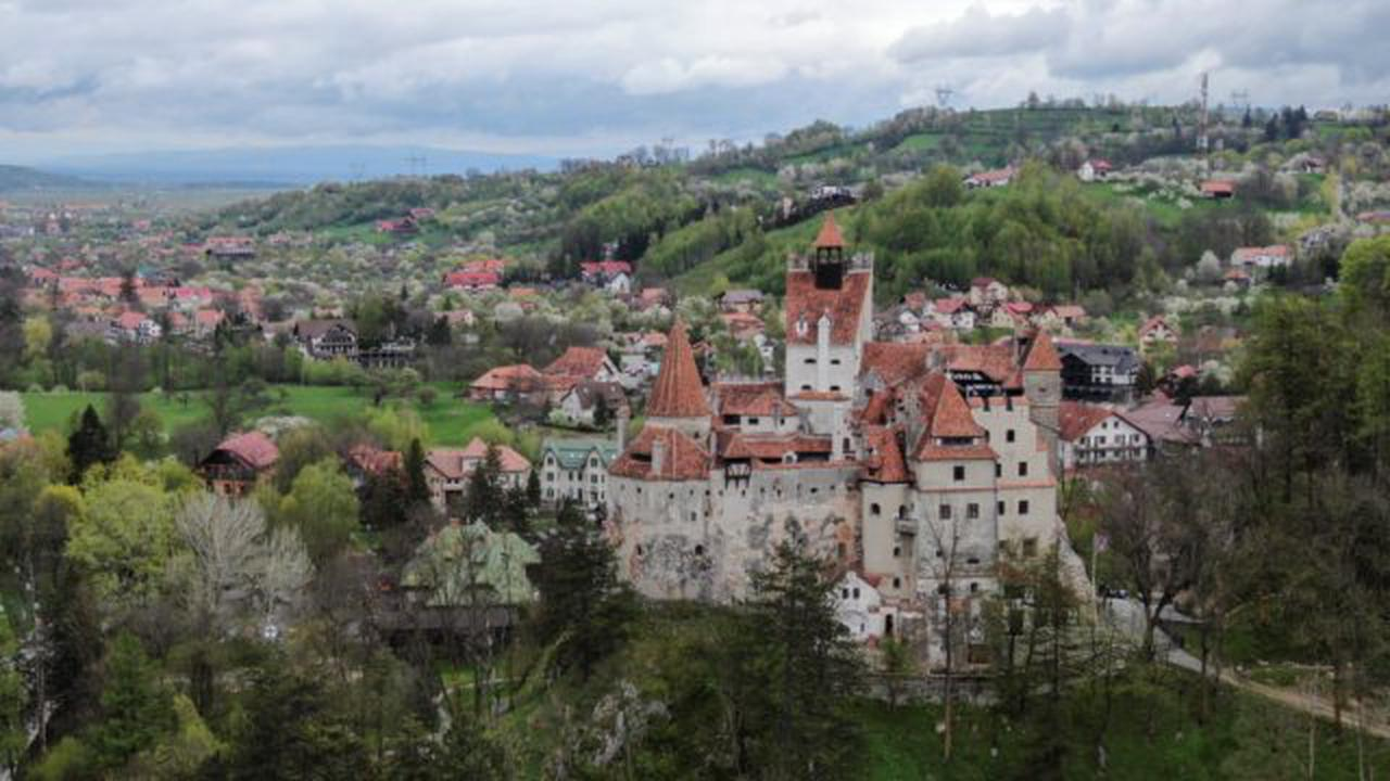 'Dracula's Castle' in Transylvania lures visitors with promise of free Covid-19 vaccine