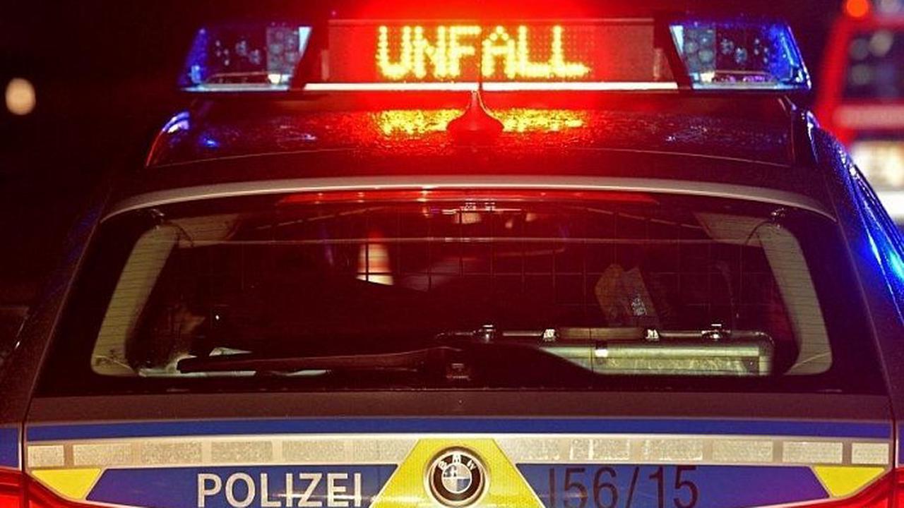 Drei Verletzte bei Unfall mit betrunkenem Autofahrer (24)