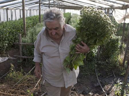 Meet the worlds poorest president who donates his salary to charity