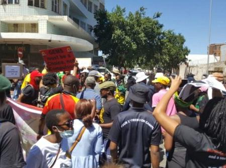 Academic activities remain suspended at two Eastern Cape universities as students protest over NSFAS