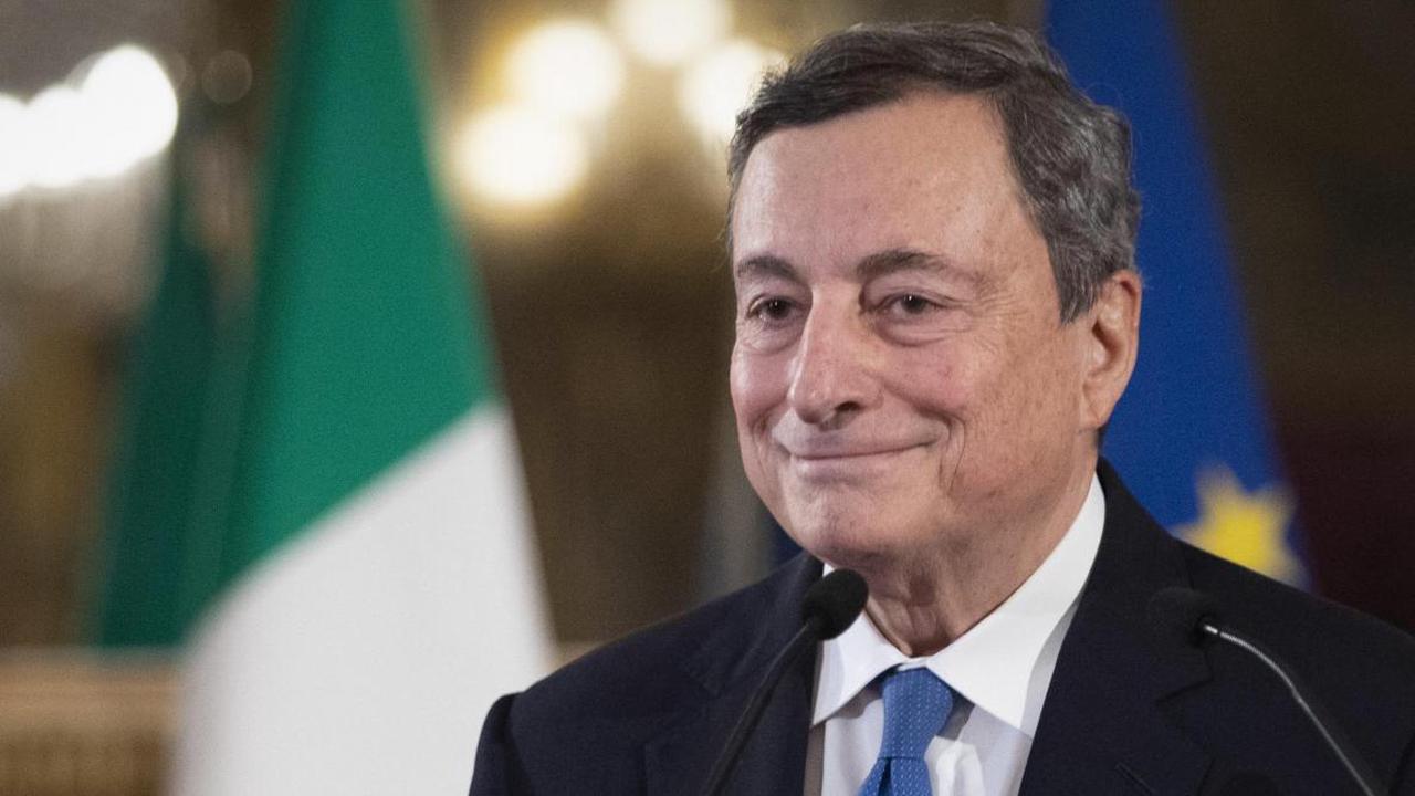 Italie: Mario Draghi prend les rênes du pays