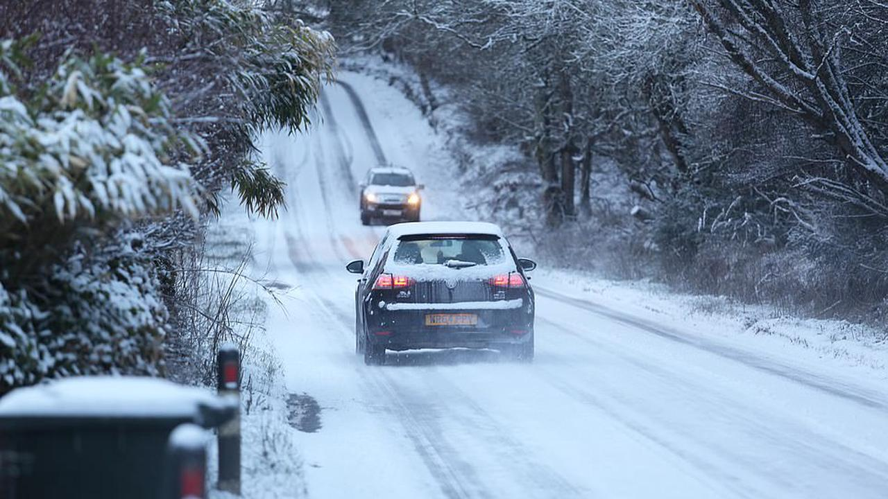 UK cold snap continues with 40mph winds and Arctic blast to bring more snow
