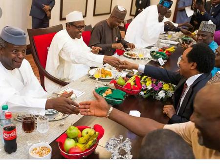 Photos Of Tinubu, ElRufai, Saraki, Shehu Sani, Dino Melaye, Oyegun, & Others Eating With Buhari