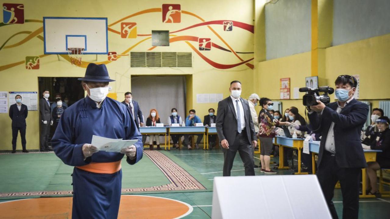 Mongolian PM quits in COVID-19 hospital treatment scandal