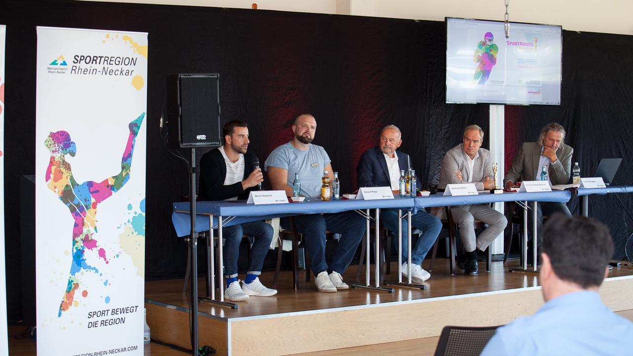 Heidelberg – Top-Schiedsrichterin Bibiana Steinhaus 'pfeift' den SportAward: Prominente Laudatoren und Show-Acts bei der größten Sportlerehrung der Metropolregion Rhein-Neckar