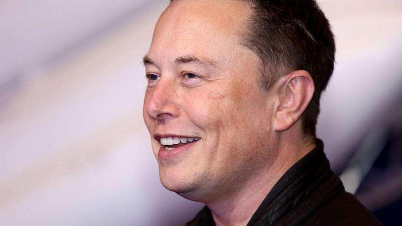 Elon Musk Donates $5 Million to Provide Students Access to Free Education