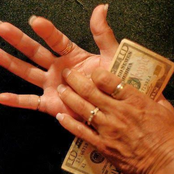 Will you Receive Money? 6 Health Cause of Itchy Palms