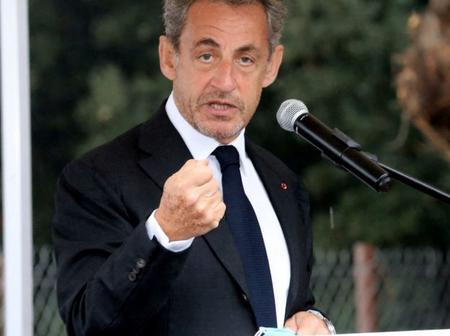 Présidentielle 2022: Nicolas Sarkozy met un pied à la porte