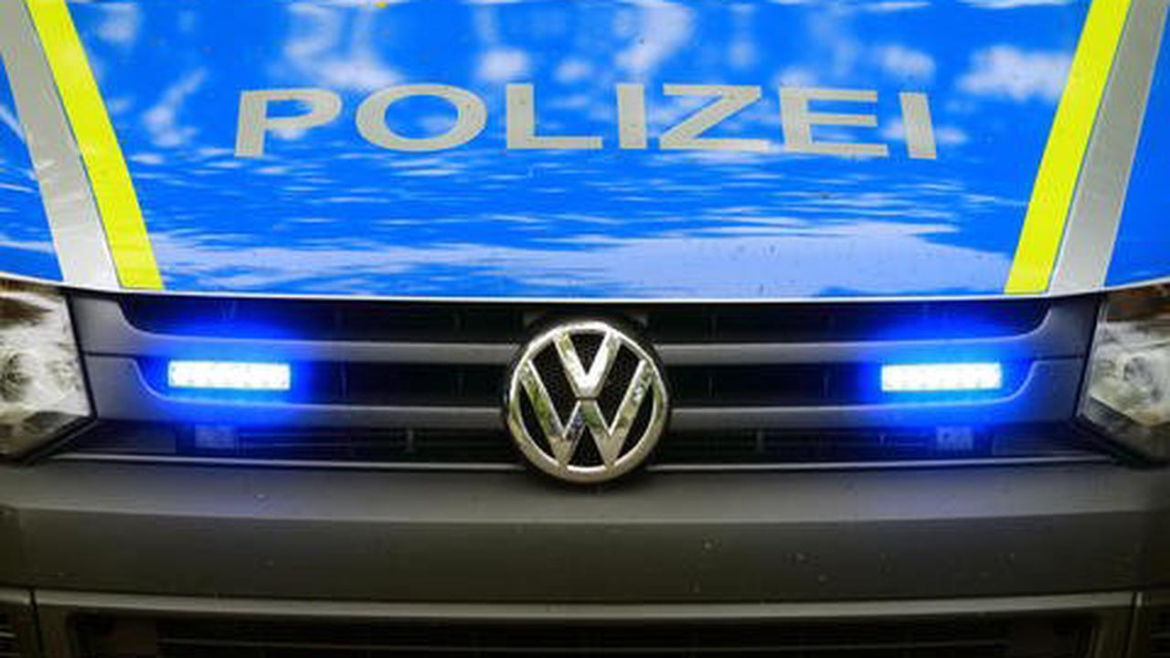 Verkehrsunfall mit Personenschaden auf der B 407 zwischen Vierherrenborn und Zerf