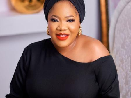 Fans Of Toyin Abraham Showers Her With Praises and Accolades After This Kind Gesture From Her