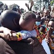 Mother Gets Emotional After DP Ruto Embraces Her Daughter In Muranga