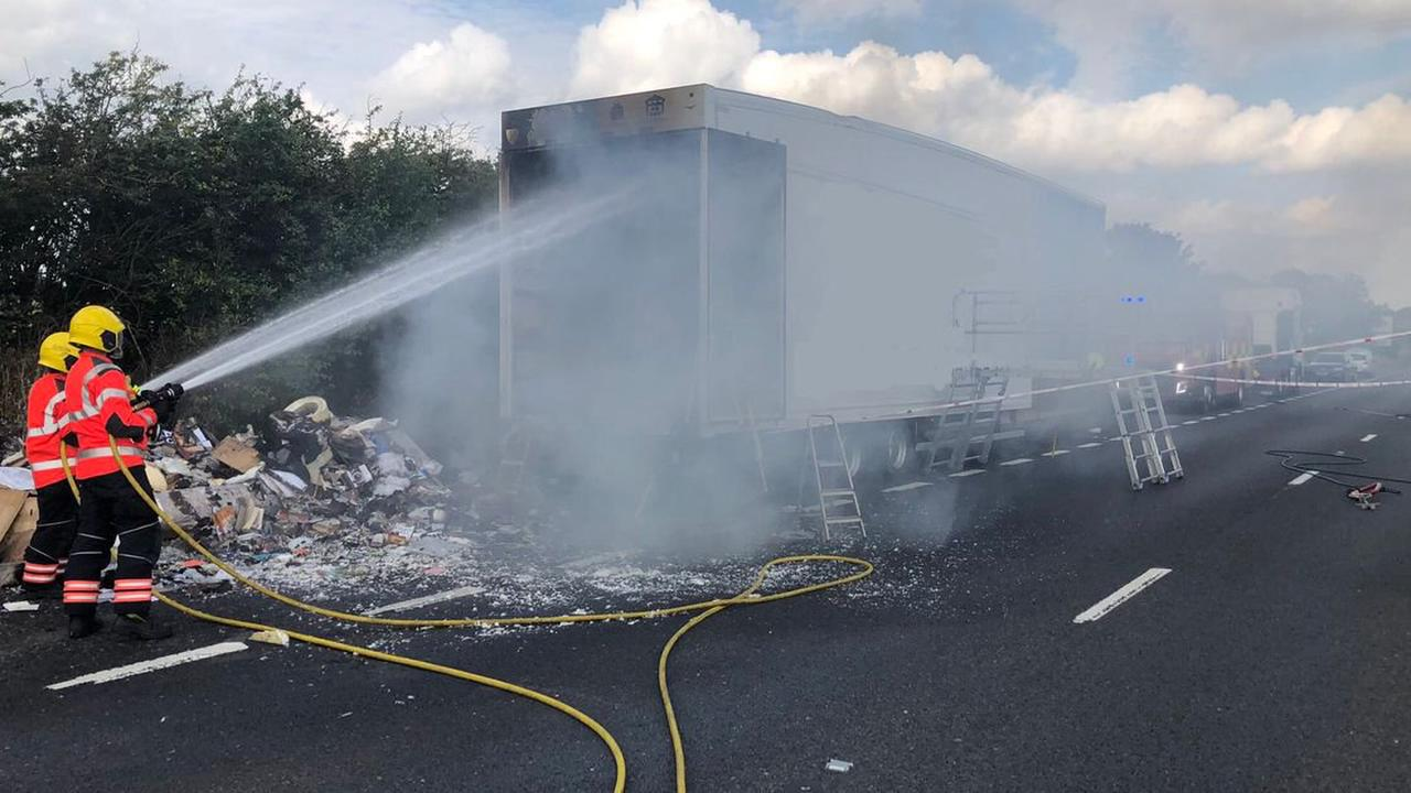 A14 traffic as lorry fire shuts road near Cambridge - recap