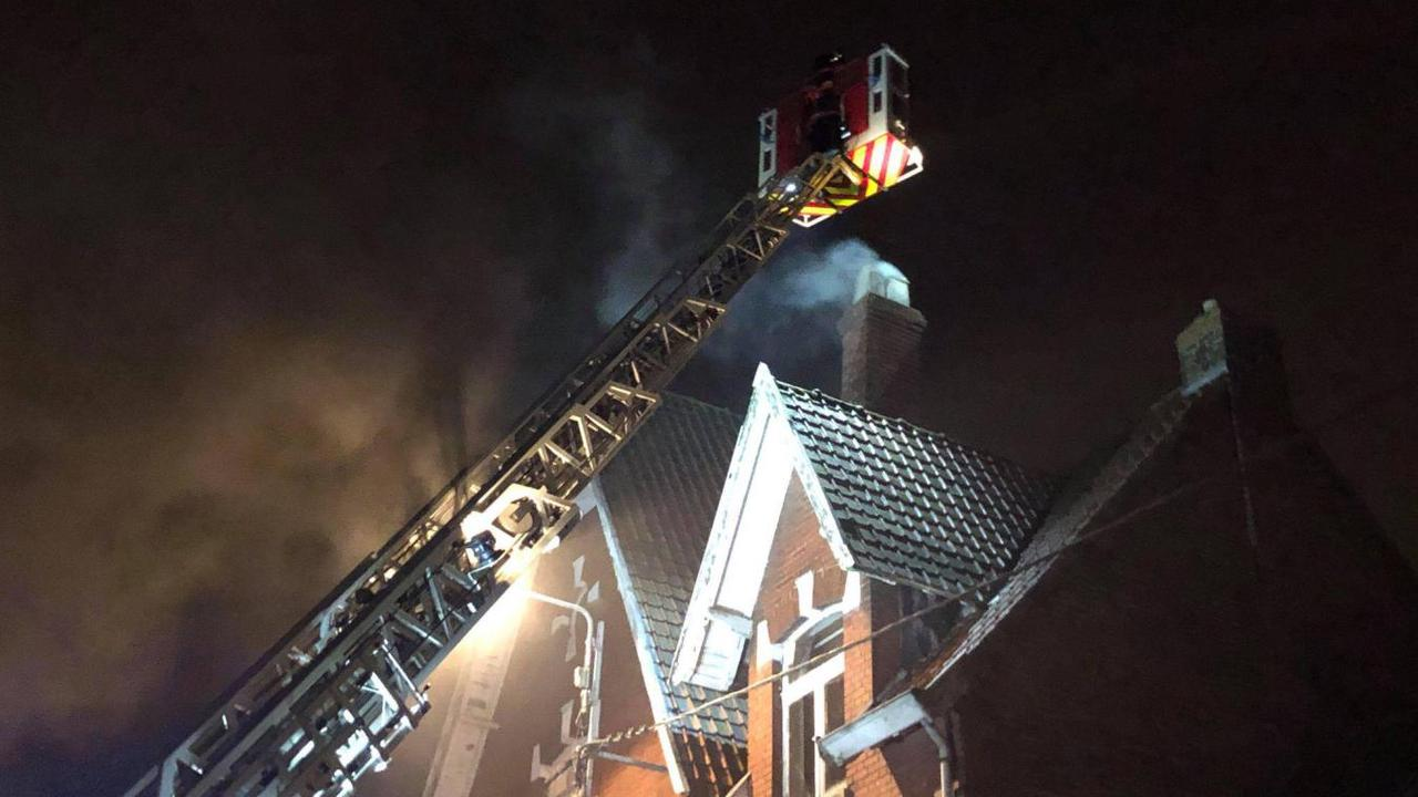 Un feu de cheminée se déclare rue du Trou Bayard à Estaires