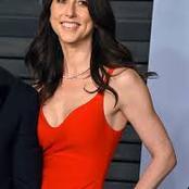 Left Jeff Bezos and married a teacher