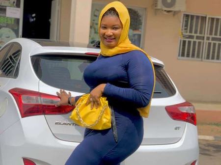 See How Many Friend Requests This Beautiful Muslim Lady Got After Posting Her Picture on FB