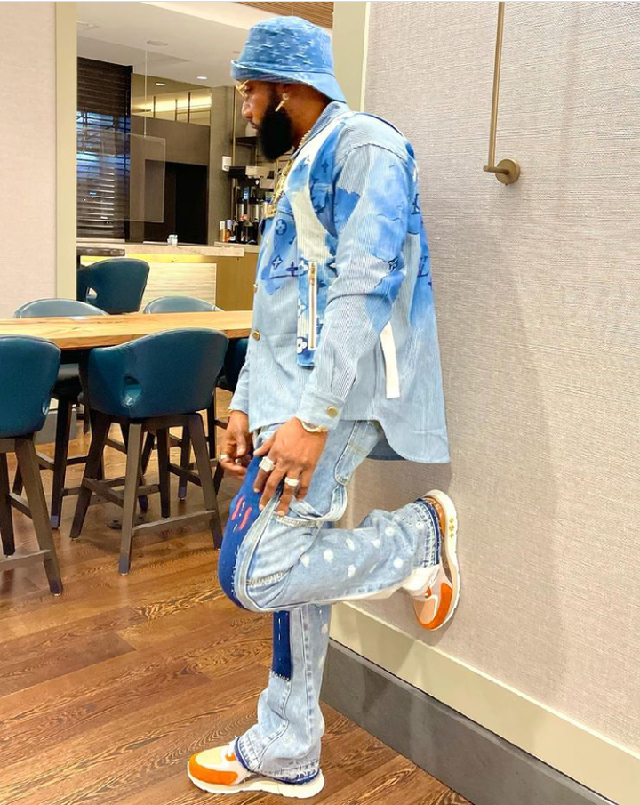 """Five Star Music lead act, Kcee Shares Lovely New Photos, Says """"I Was Born For This Zero Competition 22"""