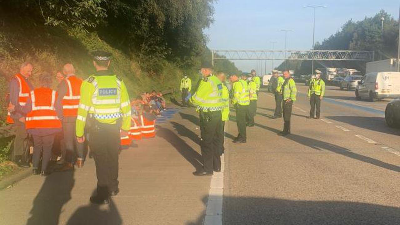 Police arrest 23 after protesters block M25 for fifth time