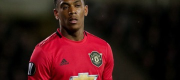 Andy Cole sends warning to Anthony Martial over Man Utd goal target