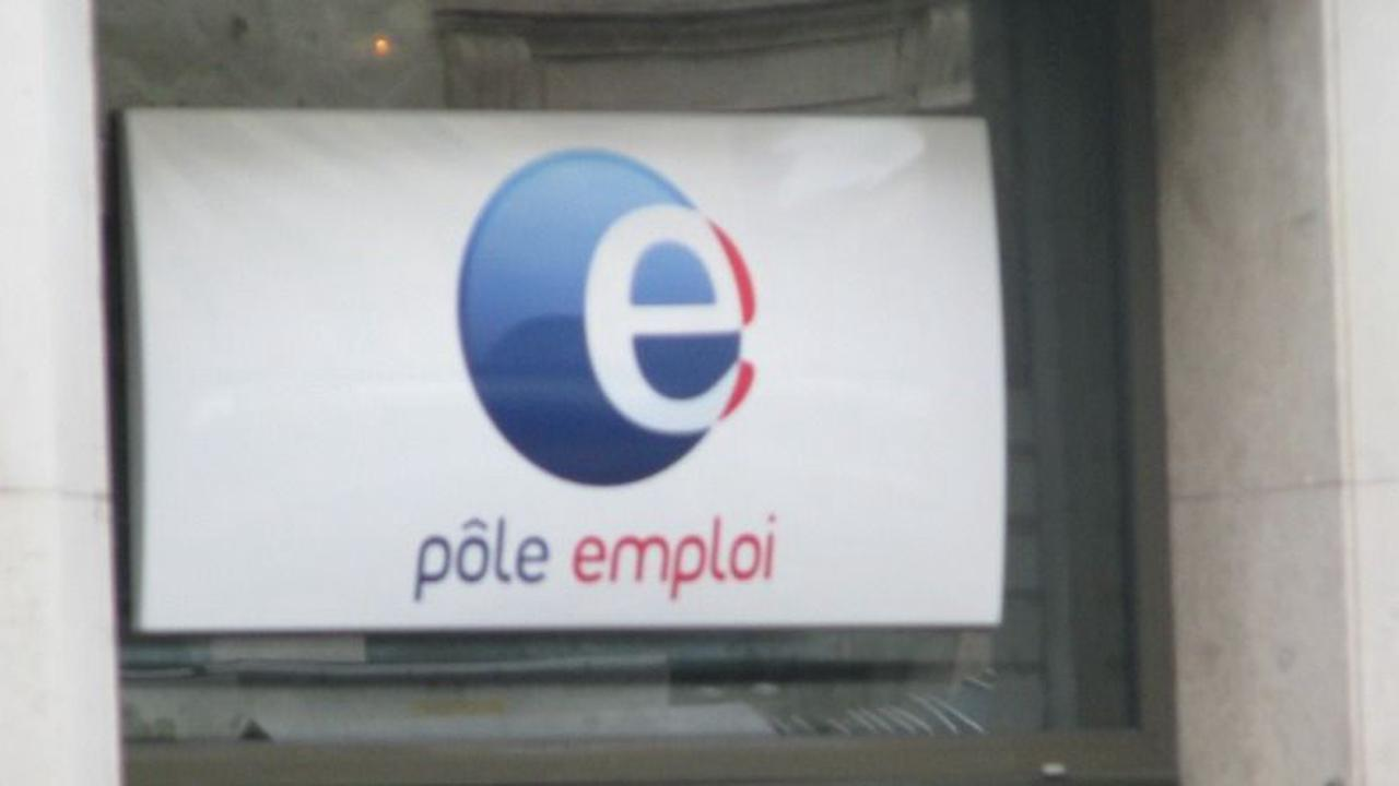 Emploi : l'indemnisation des chômeurs en fin de droits prolongée. 480 000 personnes concernées