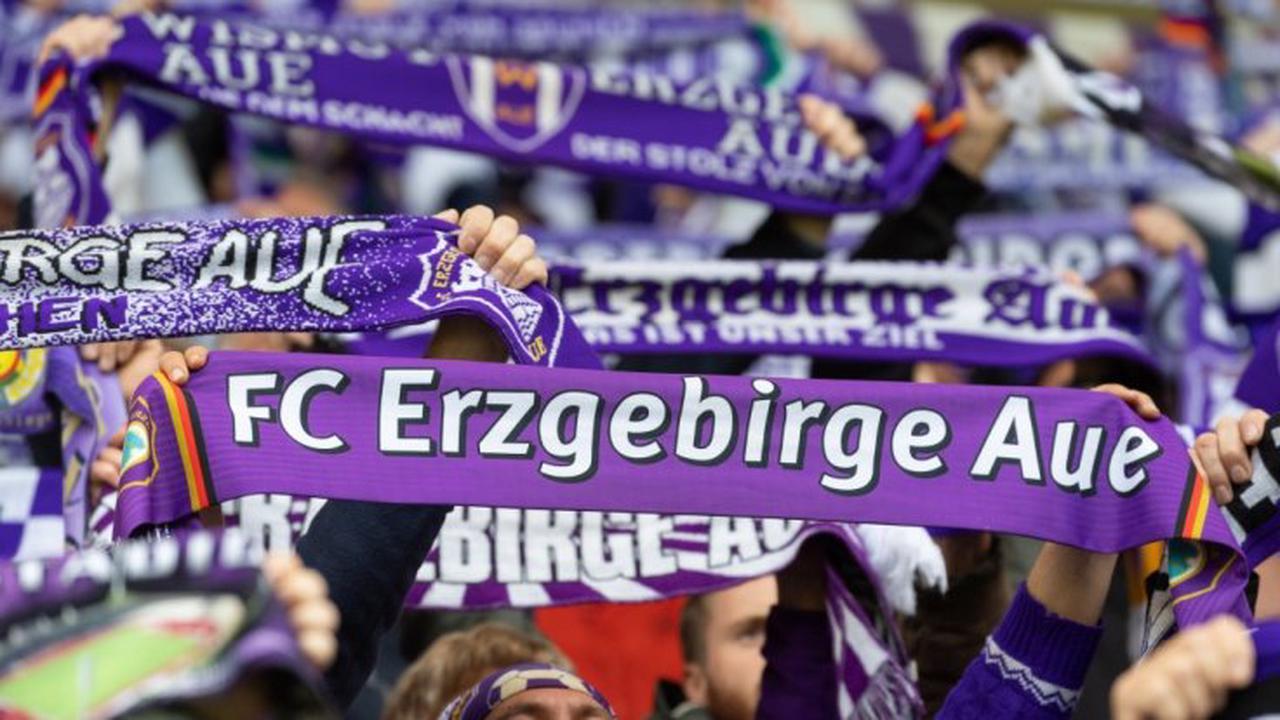 Aue - St. Pauli im TV und Livestream: FC Erzgebirge Aue gegen FC St. Pauli heute live
