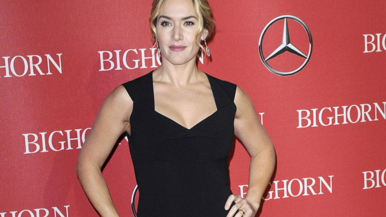 Kate Winslet's dad has COVID-19 vaccination
