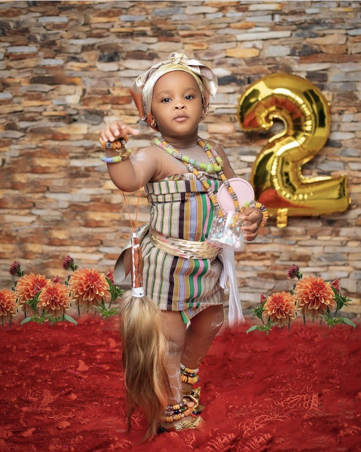 ad9bcac1e4a44b208b45f1e58e774493?quality=uhq&resize=720 - McBrown's Baby Maxin Celebrates Her Birthday In Church With Bunch Of Hampers To Congregants