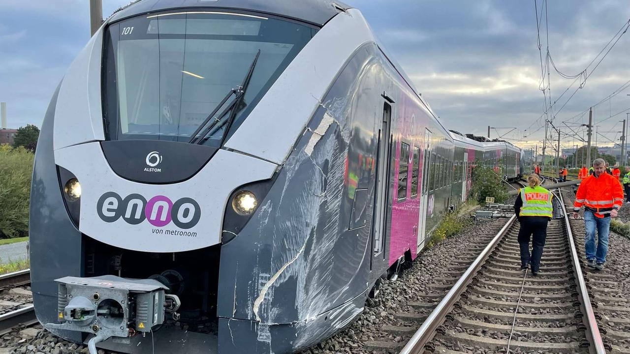 Zug entgleist: Bahnverkehr bleibt nach Zugunfall gestört