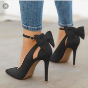 Ladies, checkout the best tips on how to be comfortable walking in high heel for hours without pains