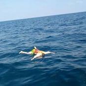 قصة| عثر شاب علي جثة طافية في البحر أثناء سباحته.. وعندما اقترب منها كانت الصدمة التي جعلته يصرخ بشدة