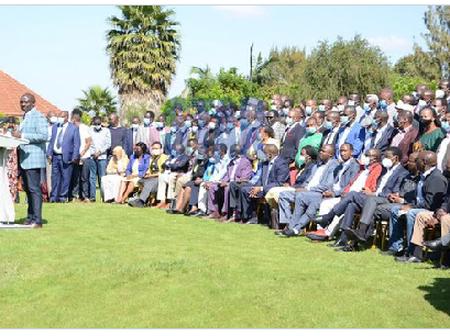 Possible Reasons Why Tangatanga Members Want Referendum To Be Held In 2022
