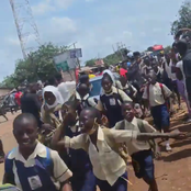 #Endsars...See pictures of Students with uniform protesting