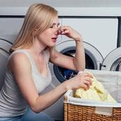 هل تشم رائحة غريبة في ملابسك؟ إليك هذه الطرق السحرية للتخلص من رائحة الرطوبة من الملابس