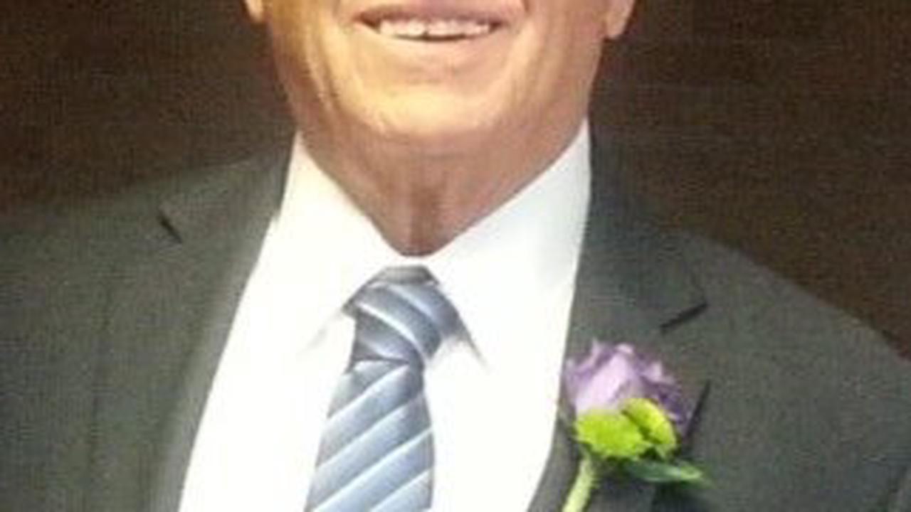 Irvin Schmitke, 84