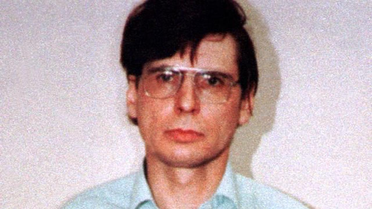 Fury over murder tour to pub where killer Dennis Nilsen hunted for victims