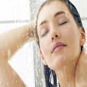 أخطاء جسيمة يرتكبها الفتيات دون علمهم عند الاستحمام.. احذريها جيداً