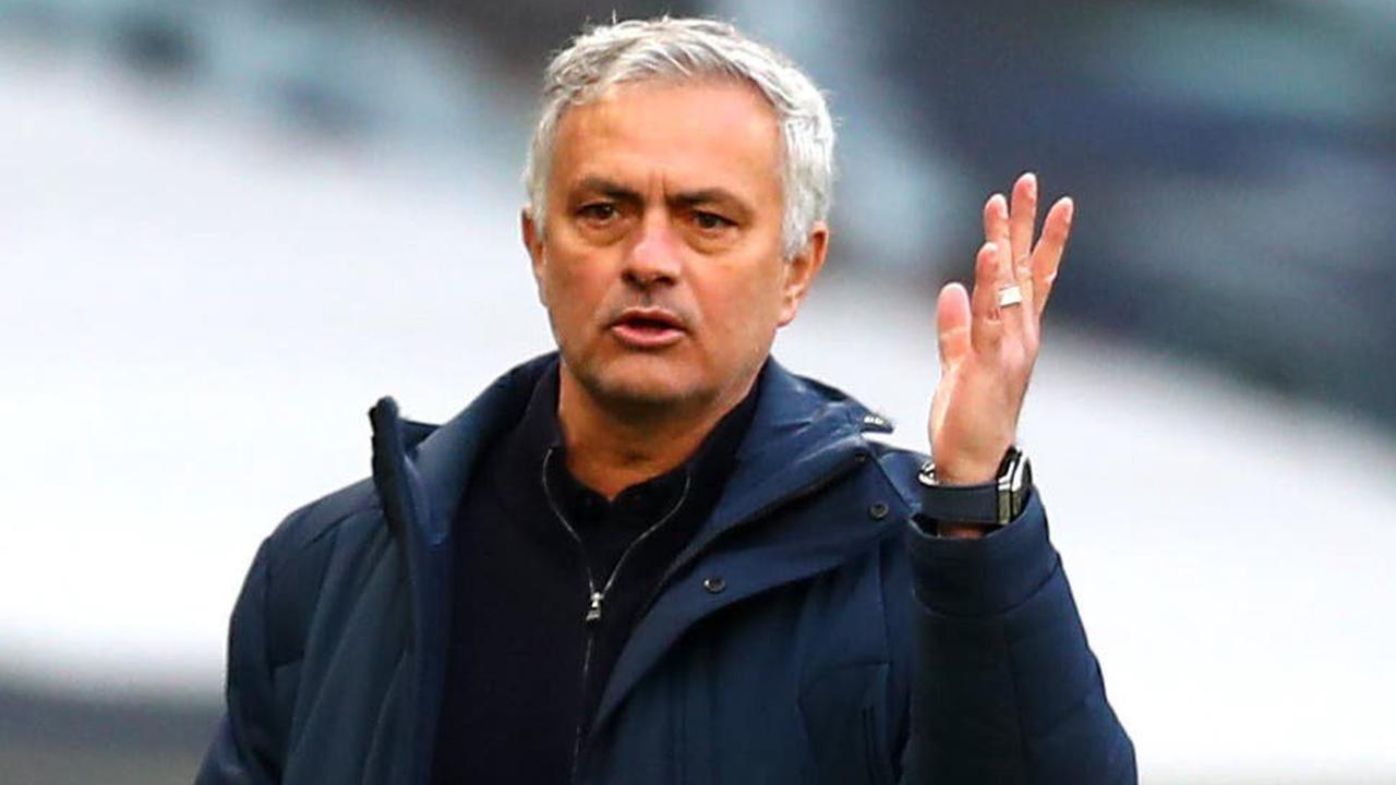 Mourinho takes aim at Solskjaer and the media in diversionary rant