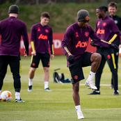 Manchester United players undergo final training for tonight's match