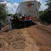 Do light Bus Stuck in a muddy Ditch outside Malamulele|Limpopo.