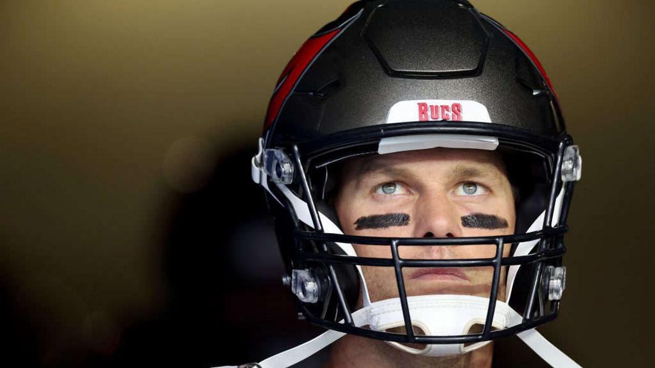 Tom Brady hints at playing one or two years beyond 2022