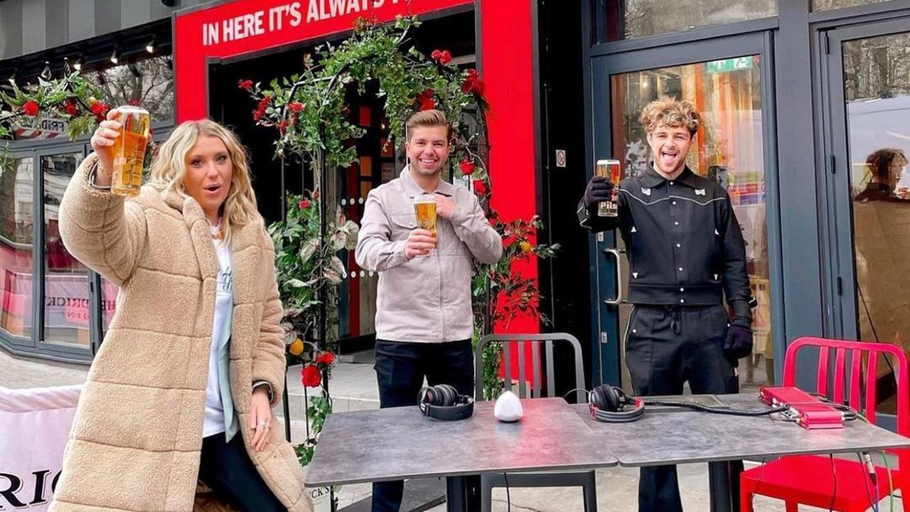Ella Henderson joins Dancing On Ice star Sonny Jay for a pint as pubs reopen