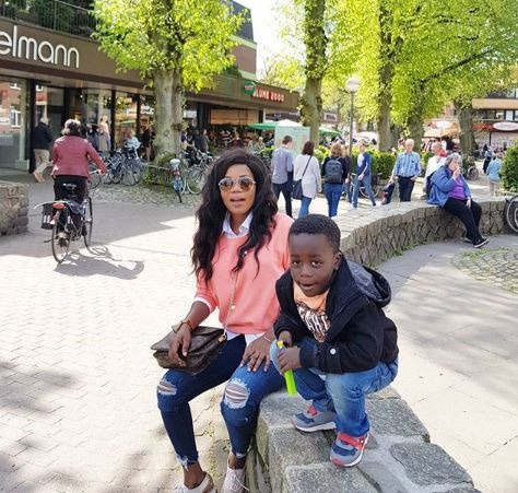 b22f99b3c3490219fd0c7ae1e8a37f19?quality=uhq&resize=720 - Mother love: Check out some hot Photos of Mzbel and Tracey boakye hanging out with their sons