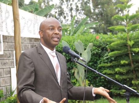 Dennis Itumbi Leaks Details of Jubilee Night Meeting on Kang'ata's Fate