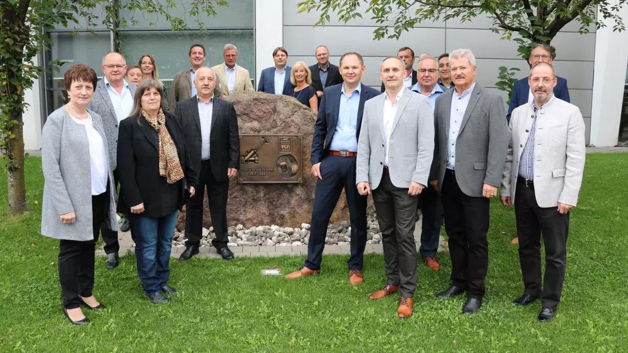 24 Kemper-Mitarbeiter für ihre langjährige Treue in Olpe geehrt
